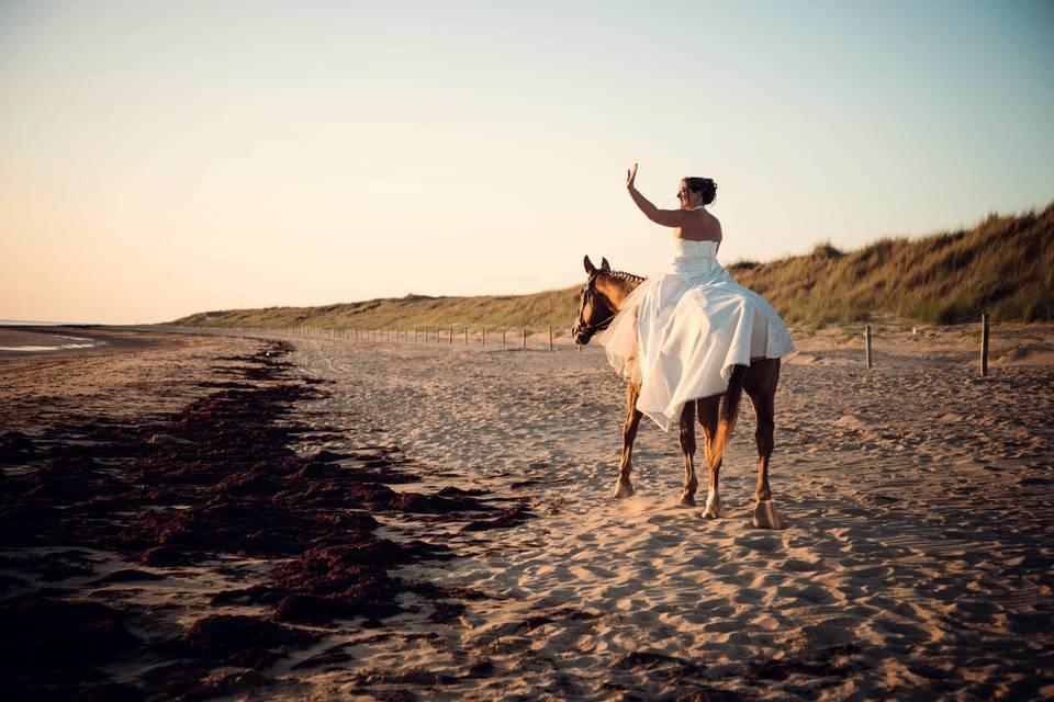 Mariée sur son cheval