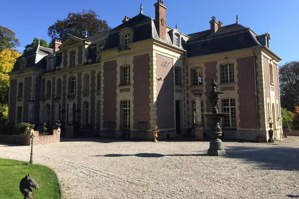 Chateau de la louve blanche