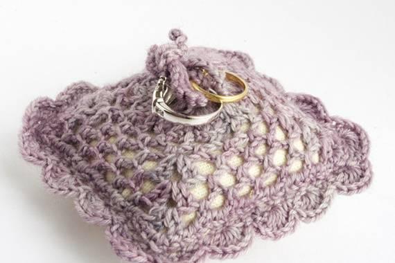 Porte-alliances violet