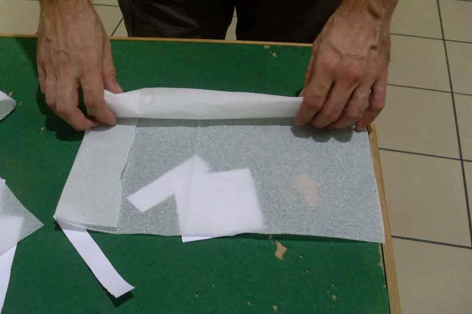 Une serviete en papier