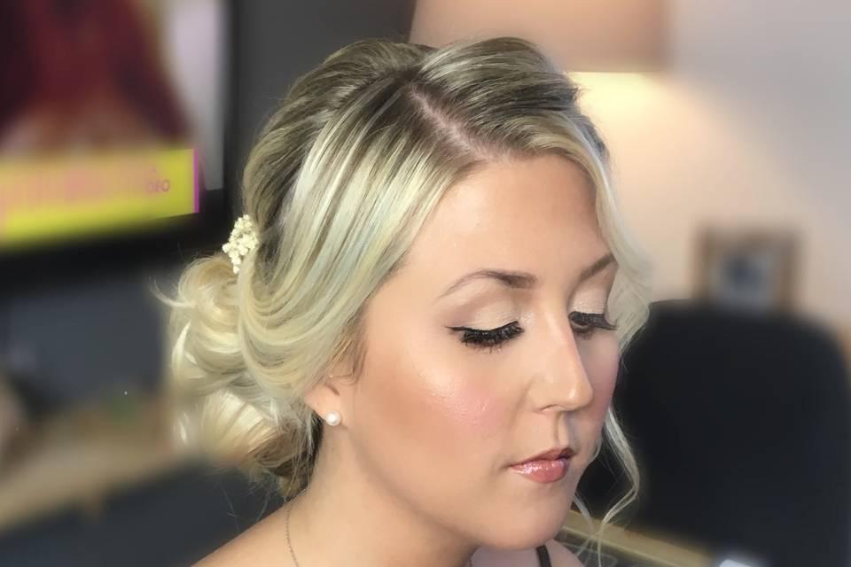 Saak Make Up