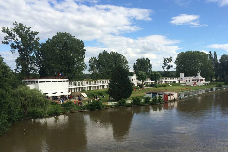 La Plage de Lys Chantilly