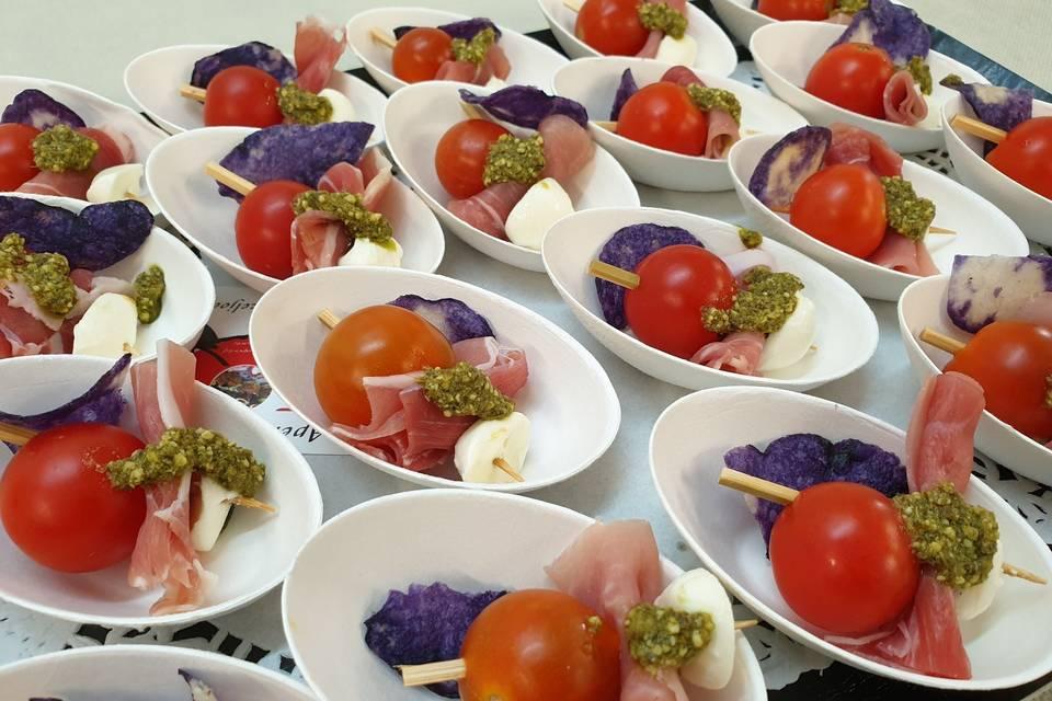 Brochettes tomate mozza