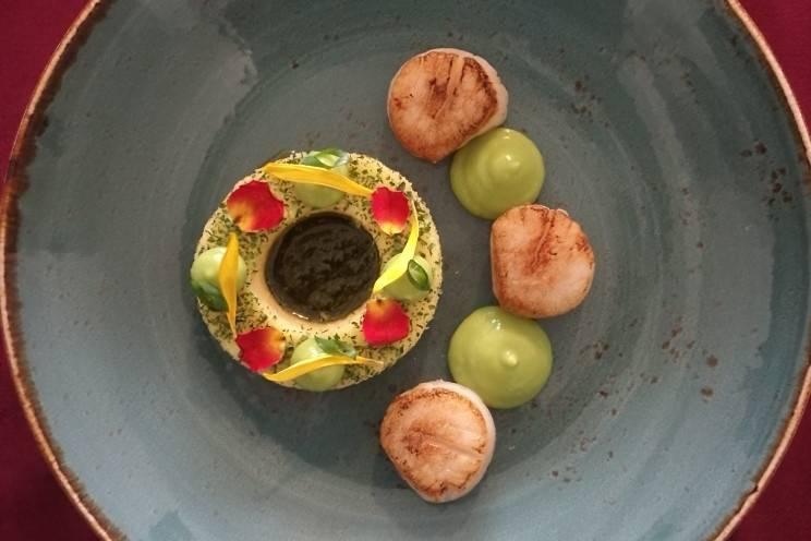 Saint-Jaques / polenta / purée pois