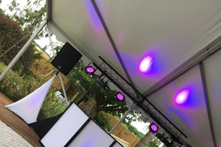 Set up DJ