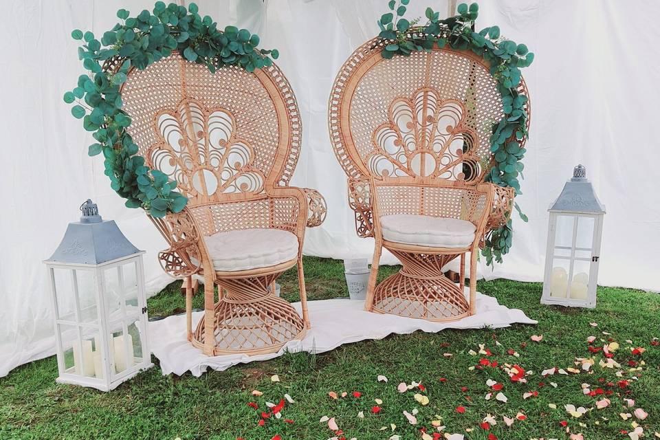 Les jolis fauteuils Emmanuelle