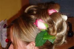 Chignon avec fleurs