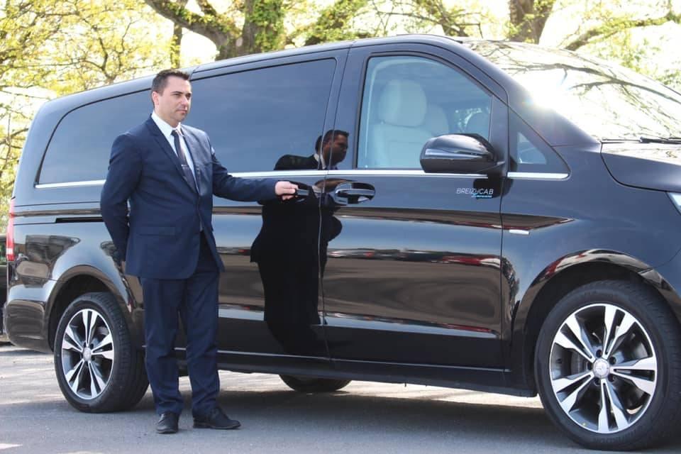 Avec chauffeur élégant